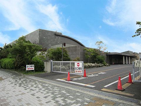 堺市堺区の堺市立斎場出口