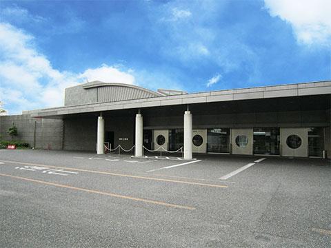 堺市堺区の堺市立斎場正面